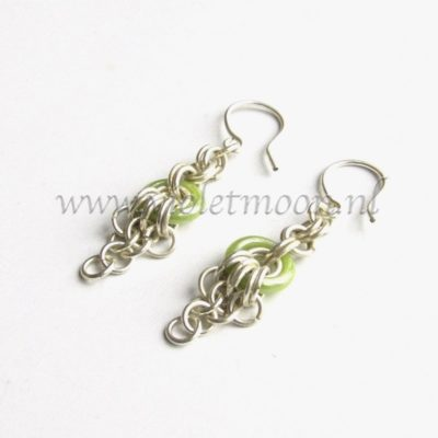 Chain maille Oorbellen / Chain maille Earrings green from violetmoon.nl