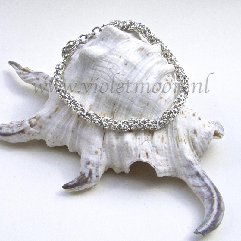 mini byzantine chain maille bracelet