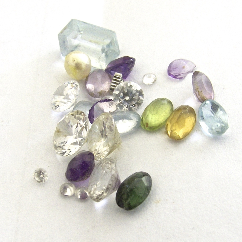 Mixed cut gemstones
