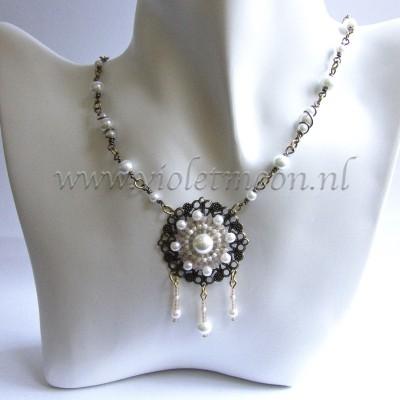 Ketting Lavinia / necklace Lavinia by violetmoon.nl