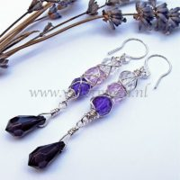 wire wrapped oorbellen Mila / wire wrapped earrings Mila from violetmoon.nl