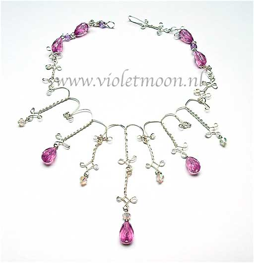 victorian theme jewelry