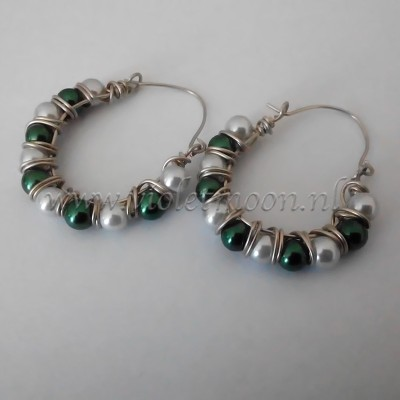 wire wrapped hoops from violetmoon.nl