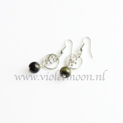 Groene Jaspis oorbellen / Green Jasper earrings from violetmoon.nl