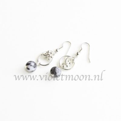 Black Water Jaspis oorbellen / Black Water Jasper earrings from violetmoon.nl
