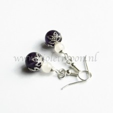 Amethist earrings with white Jade