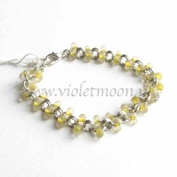 Chain bracelet with frosted yellow farfalle beads