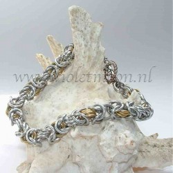 Byzantine chain maille bracelet in bare and gold anodised aluminum rings.