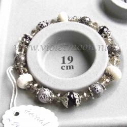 White Sponch Coral bracelet