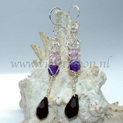 Earrings Mila, as with the earrings aurora are the colors cascading from transparent to purple