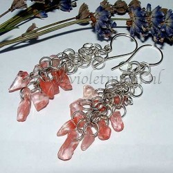 Shaggy Loops earrings with Cherry Quartz gemstone chips