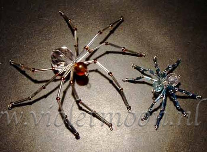 kralen spinnen / beaded spiders