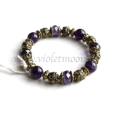 february birthstone - Amethyst Bracelet from violetmoon.nl