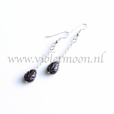 Granaat oorbellen / Garnet earrings