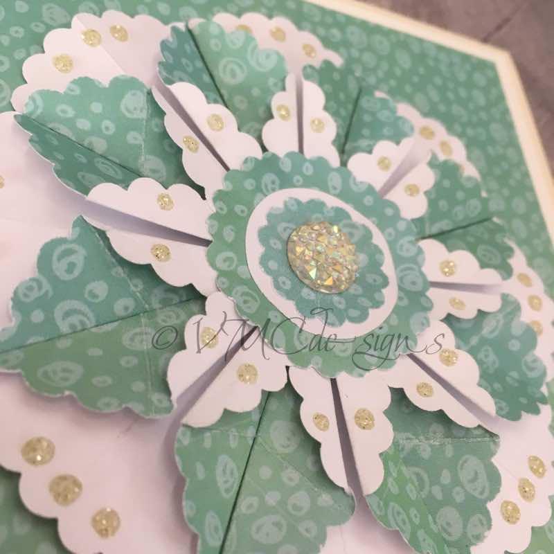 dahlia fold card